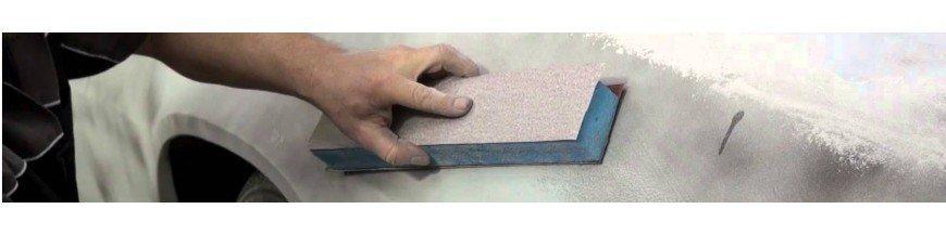 Grundierung / Sandpapier